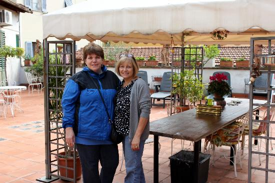 Hotel Il Bargellino: Me and Evie on the Terrace