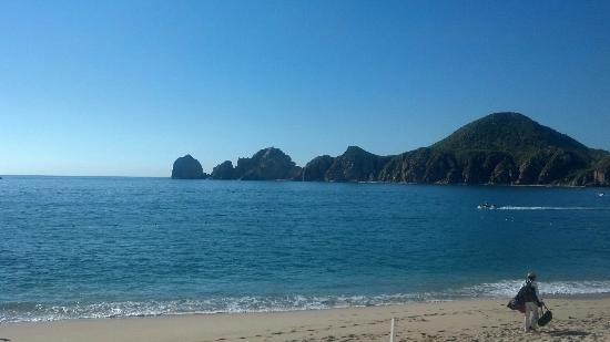 Pueblo Bonito Los Cabos: Lover's Beach view from Pool
