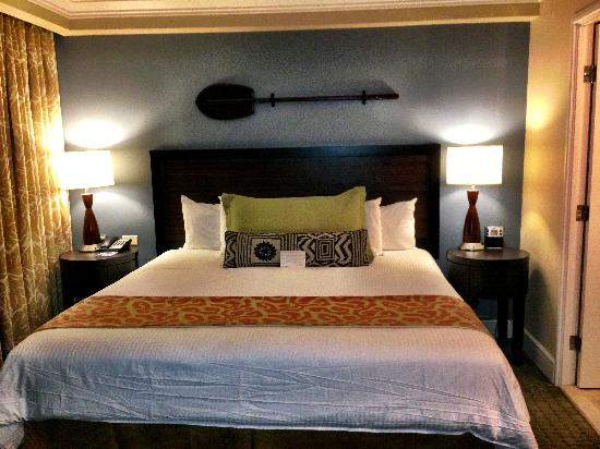 Wyndham Royal Garden at Waikiki: Studio king bed