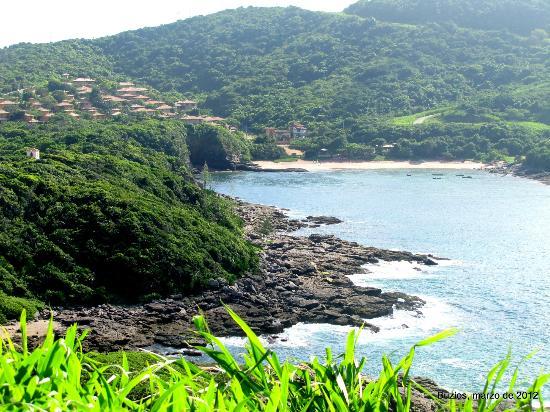 Mirante do Forno: paisaje desde el mirante, praia do Forno al fondo