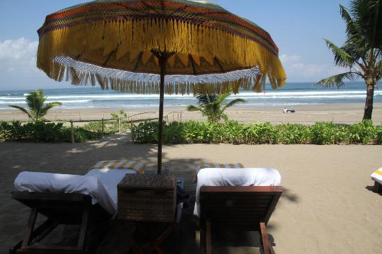 The Oberoi Bali: sunlounging