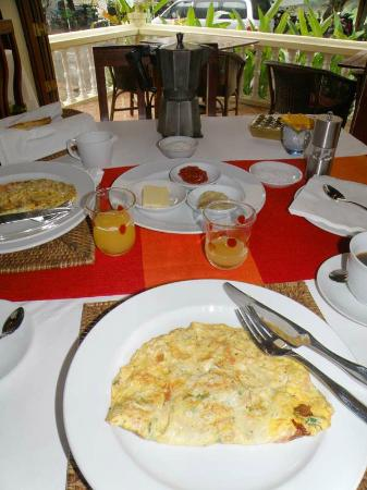 The Apsara: Breakfast