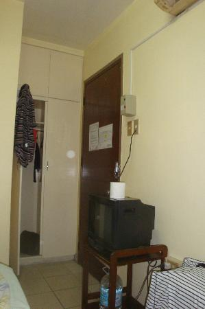 Casa De Tacloban: door to reception area