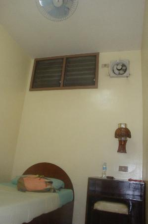 Casa De Tacloban: exhaust fan in fan room (there's also a ceiling fan)