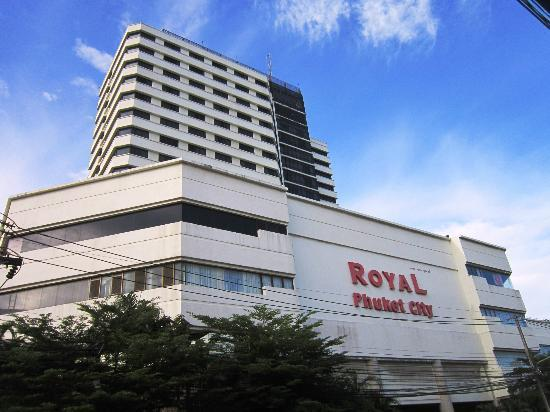 Royal Phuket City Hotel: Facade of the hotel