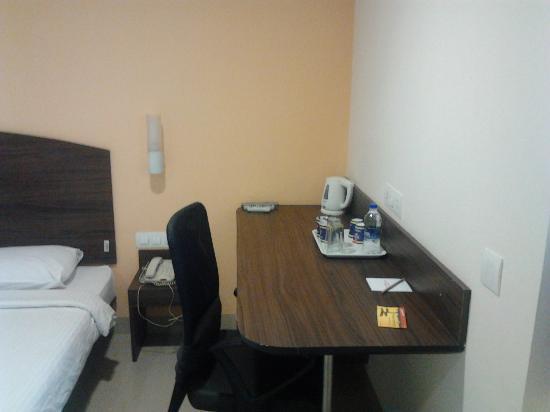 Ginger New Delhi: Room inside