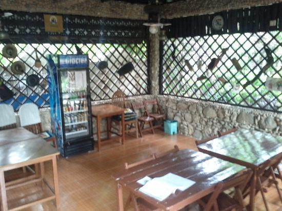Aquarius Inn: Breakfast