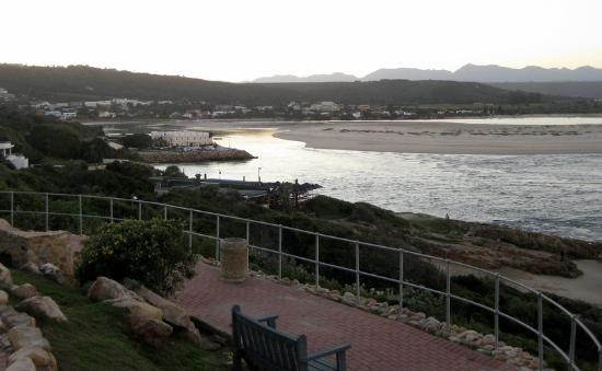 Milkwood Manor on Sea : Milkwood Manor on the Keurbooms River estuary, Plettenberg Bay