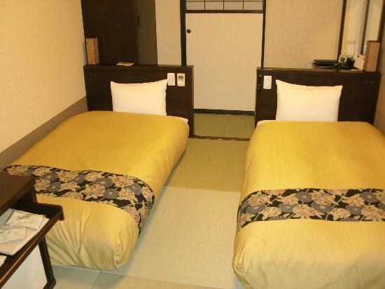 Takayama Ouan: Room 2