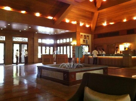 Cyberview Resort & Spa: lobby