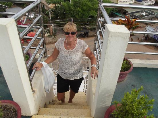 The Cashew Nut Villa.: climbing the stairs to the rooftop