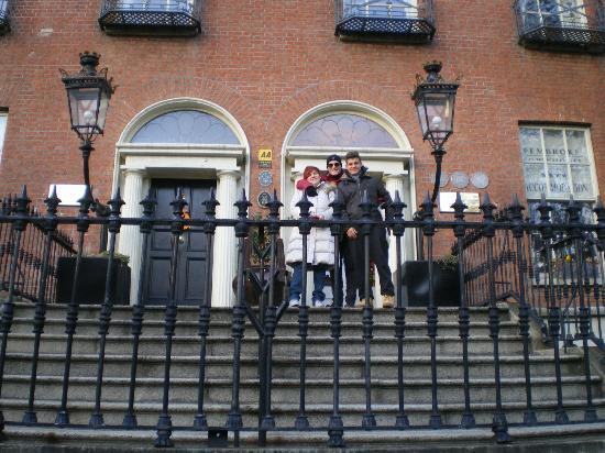 Pembroke Townhouse: Ingresso dell'Hotel