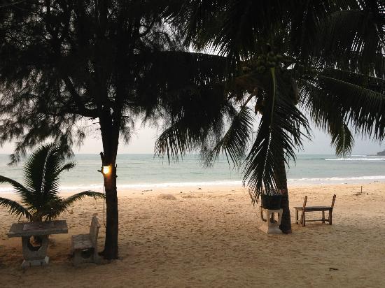 Sandy Bay Bungalows: Aussicht von unserer Terrasse
