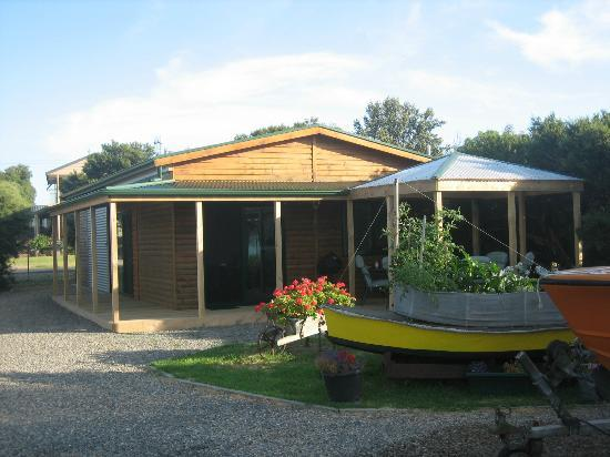 Goolwa Boat Haven: Family Studio