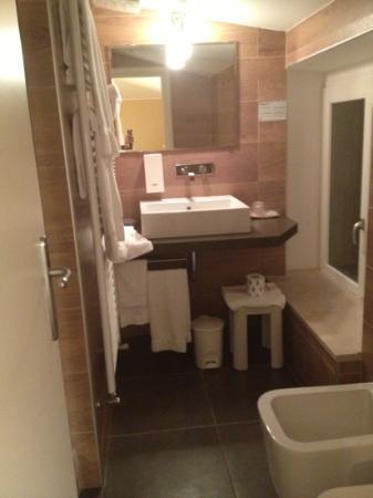 Hotel Porta Nuova: bagno