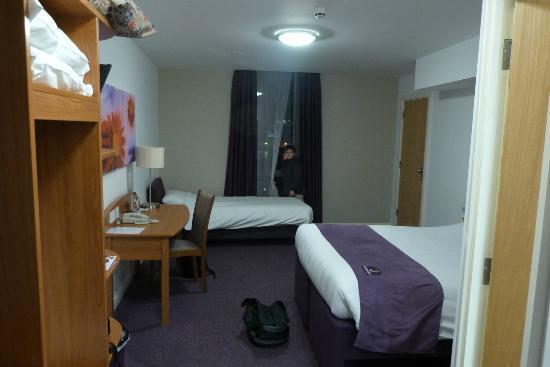 Premier Inn Belfast Titanic Quarter Hotel: room
