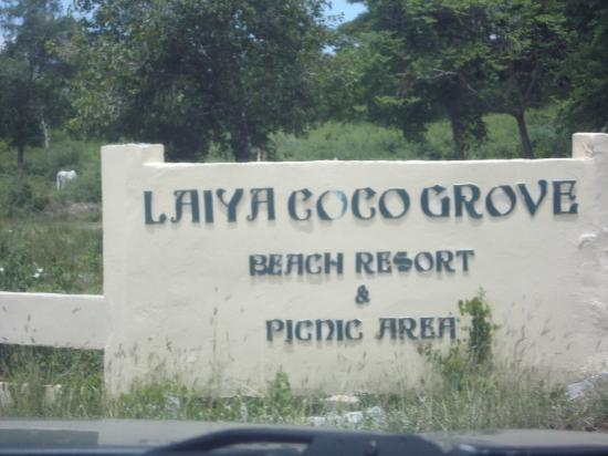 Laiya Coco Grove Resort: Entrance you will see along the road going to the resort - hard to miss it!