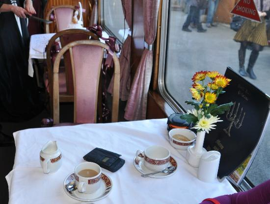 Peak Rail: Table in Restaurant car