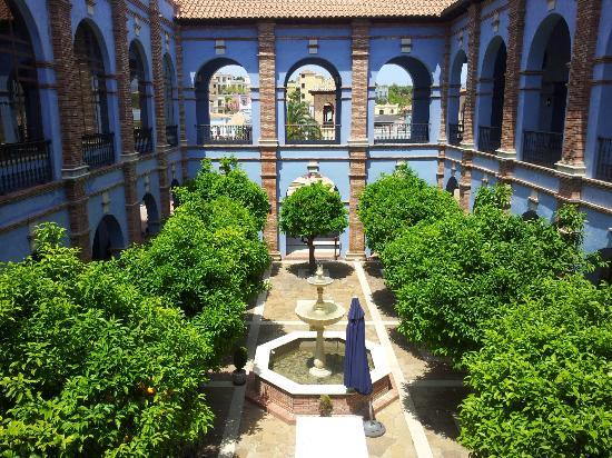 Melia Villaitana: Garden