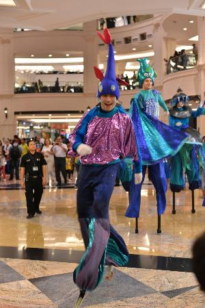 entertainment at the emirates mall