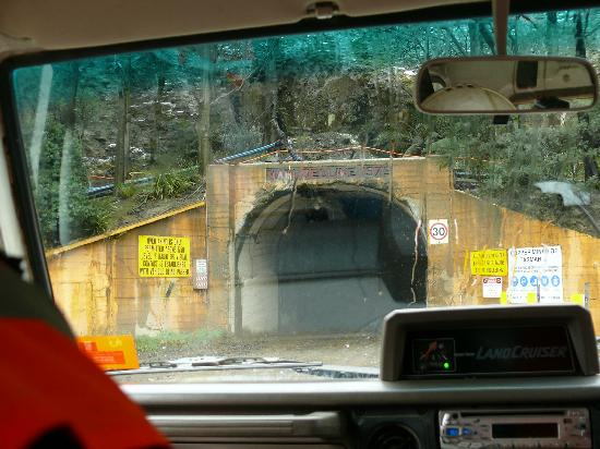 Queenstown Heritage Tours: Entrance to the mine