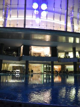 Jumeirah at Etihad Towers: Pool