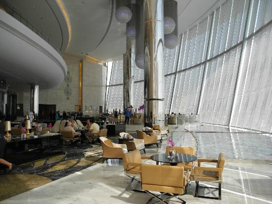‪‪Jumeirah at Etihad Towers‬: Lobby‬
