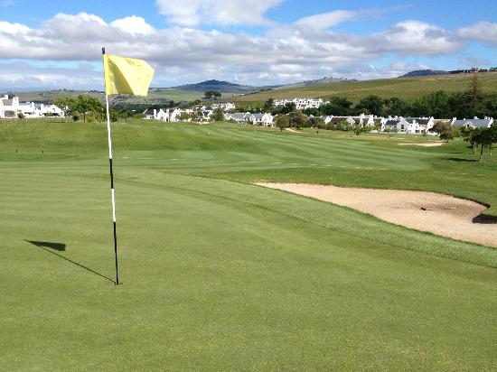De Zalze Golf Club: 5th hole, October 2012