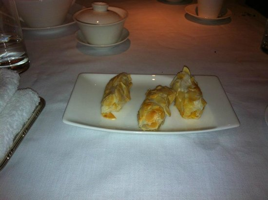 Ming Court: Mango rolls
