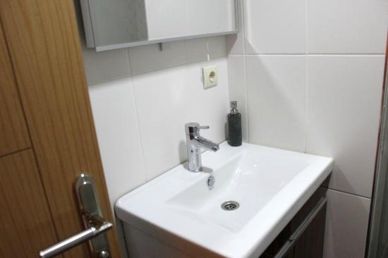 En Estambul Residences: sink