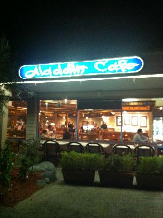 外観 Picture Of Aladdin Mediterranean Restaurant San