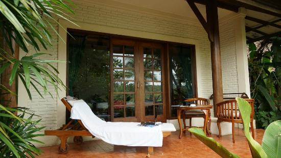 Alam Sari: Terrasse
