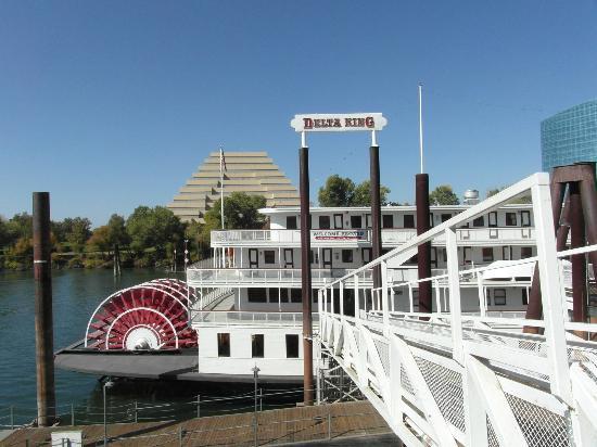 Delta King: Gangplank