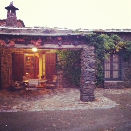 Cortijo Prado Toro: porche de una de las casas