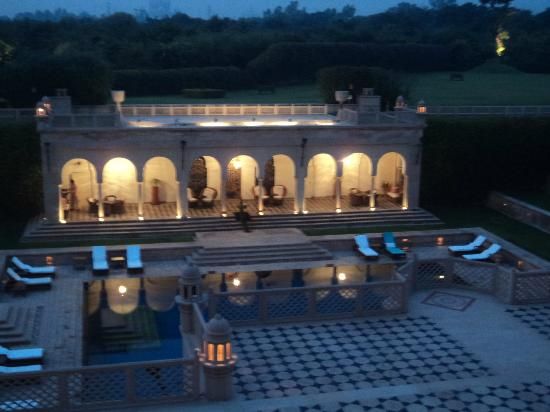 The Oberoi Amarvilas: Entrance hotel