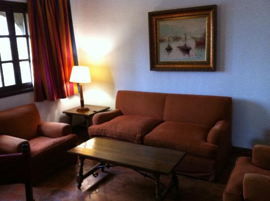 Parador de Tortosa: Lounge