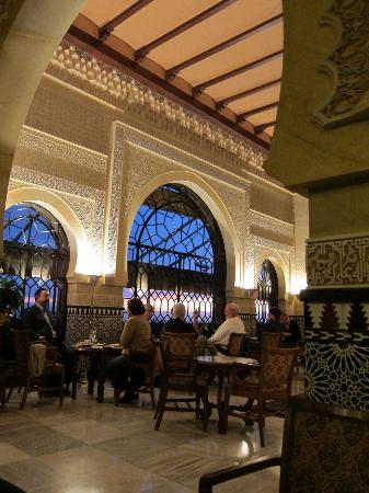 Alhambra Palace Hotel: Bar