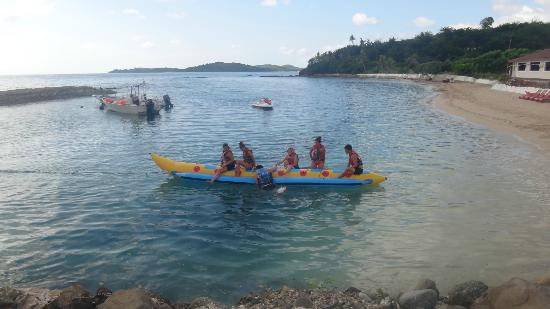 Coralview Island Resort: banana boat