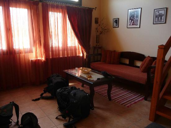 Nana Apartments : Sitting Room