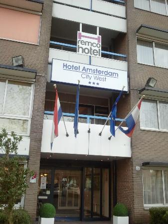 New West Inn Amsterdam: entrata hotel