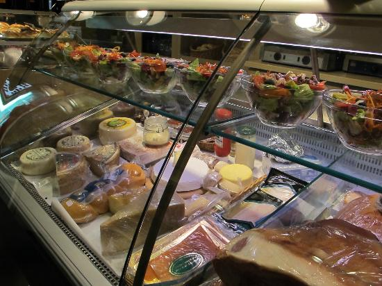 Burro e Alici: Burro & Alici - salads, meats and cheeses
