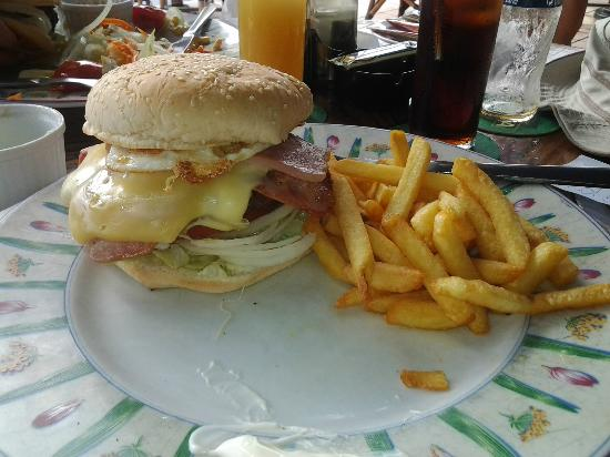 American Indian Cafe: buger