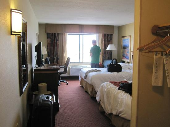 Holiday Inn Express Hotel & Suites Las Vegas: Our Room