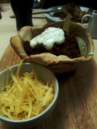 The North Star: Proper Chilli in its own edible dough bowl
