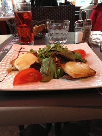 Cafe St. Antoine : hum