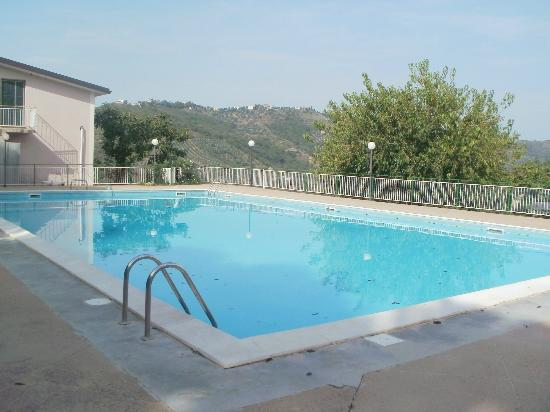 Eucalipto: piscina