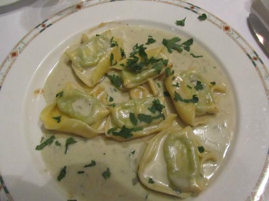 La Tosca: tortellinis sauce roquefort