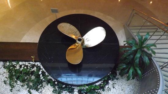 Titanic Beach Lara Hotel: propeller