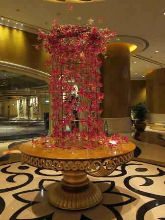Sofitel Macau At Ponte 16 : Hotel Entrance Orchids