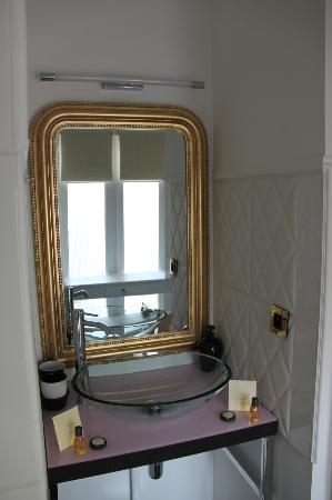 Arts Hotels, Lyon Cordeliers: Bathroom